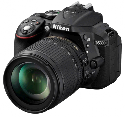 Nikon D5300 + 18-105 AF-S DX VR black digitální zrcadlovka